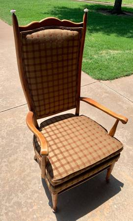 Photo Vintage High Back Chair - $30