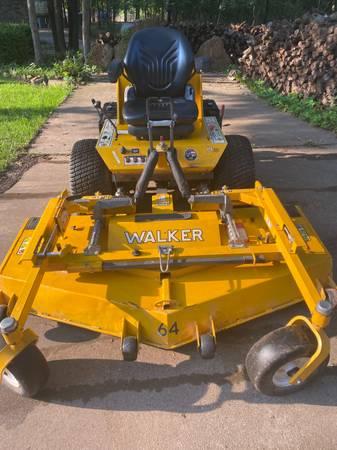 Walker mower H-38i - $8,200 (Edmond)