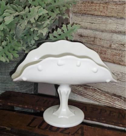 Photo White Shabby Chic Vintage Milk Glass Banana Boat Pedestal Dish - $15 (Edmond)