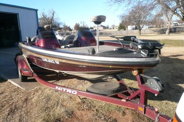 Photo nitro bass boat - $12,500 (okc)