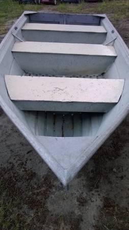 Photo 1239 Valco aluminum boat - $600 (Port Orchard)