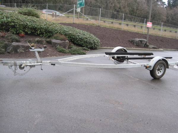 Photo 18-19 ft Escort Boat Trailer - $1,500 (GIG HARBOR)