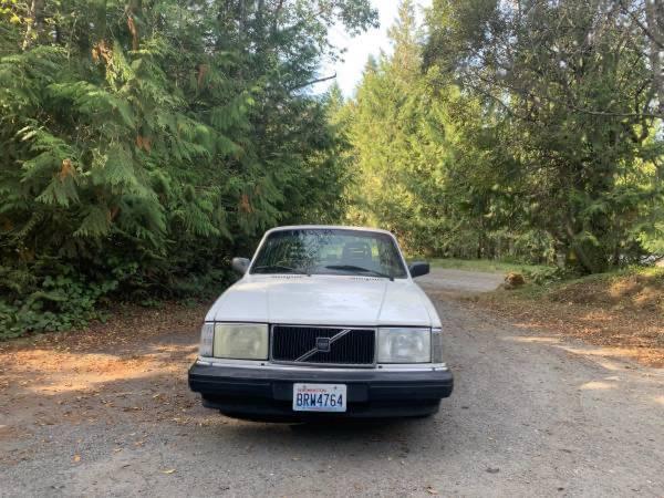 Photo 1993 Volvo 240 - $2,500 (Port Townsend)