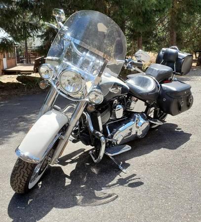 Photo 2012 Harley Davidson - $13,500 (Trinity Center, Ca)