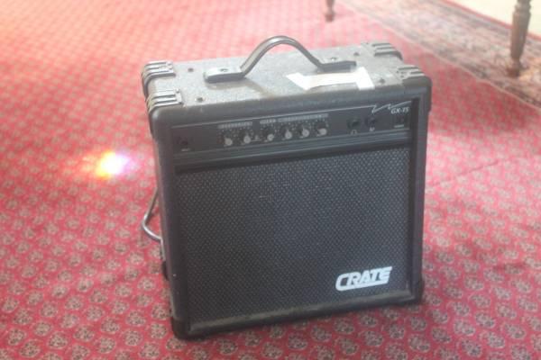 Photo Amp  Speaker, Crate GX-15 - $35 (Everett)