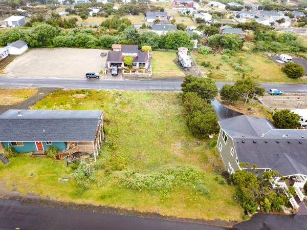 Photo Buildable Water View Lot for Sale $95,000 (Ocean Park)