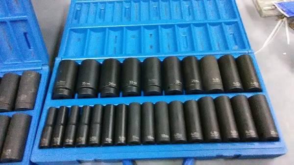 Photo Deep impact sockets 2 sets 12 drive Metric and standard - $250 (Nordland)