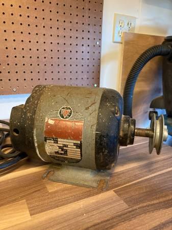 Photo Delta 12 hp 1725 rpm motor - $50 (Port Townsend)