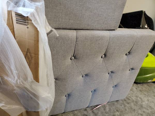 Photo Double Bed Frame and Mattress - $250 (Port Townsend)