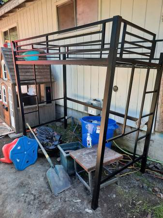 Photo Free Twin Metal Loft Bed (port Angeles)