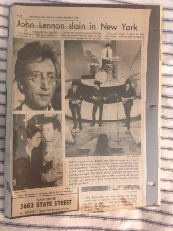 Photo JOHN LENNON DEATH NEWSPAPER ARTICLES (PORT TOWNSEND)