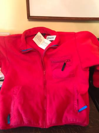 Photo Patagonia Fleece Jacket - $45 (Port Angeles)