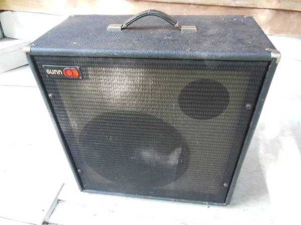 Photo SUNN Bass Cabinet - $120 (PORT HADLOCK)