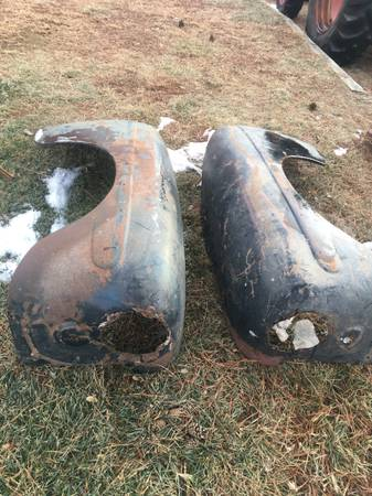 Photo 1947 1946 1948 FORD CAR PARTS - $100 (omaha ne)