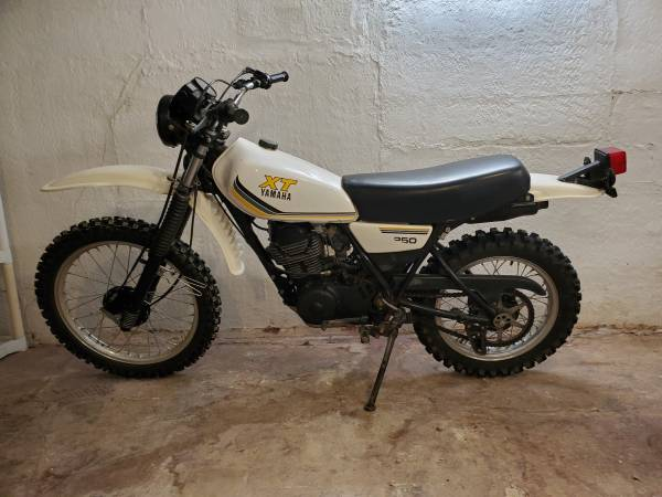 Photo 1983 Yamaha xt 250 - $2,500 (Wahoo)