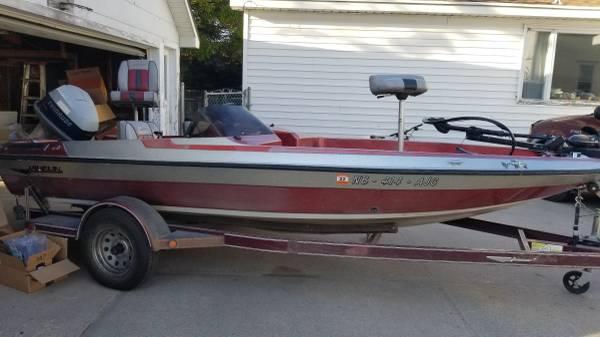 Photo 1989 Javelin Bass Boat - $5,500 (Osceola)