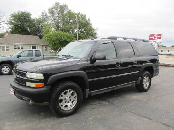 Photo 2005 Chevy Suburban Z71 4x4- DvD EASY BUY HERE PAY HERE FINANCING (400 N 16th St)