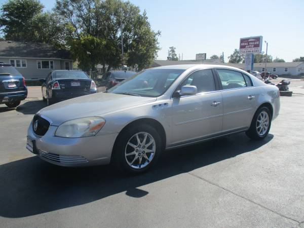 Photo 2006 Buick Lucerne CXL- 3800 Motor EASY BUY HERE PAY HERE FINANCING (400 N 16th St)