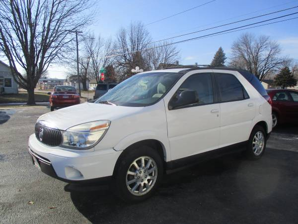 Photo 2006 Buick Rendezvous CX- EASY BUY HERE PAY HERE FINANCING (225 S 35th St)