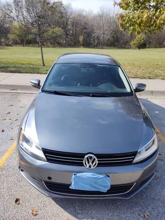 Photo 2013 Volkswagen Jetta SE 2.5 super clean, low miles 6900 OBO - $6,900 (Omaha)
