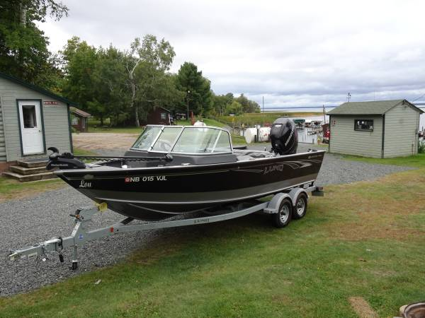 Photo 2018 Lund Sport Angler - $48,500 (Omaha)