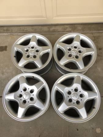 Photo 4 Mercedes 16quot Factory RimsWheels - $100 (Lincoln)