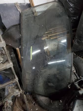 Photo 79-93 Fox Body Mustang Coupe Notchback Rear Window Glass LX 5.0 - $60 (Fremont)