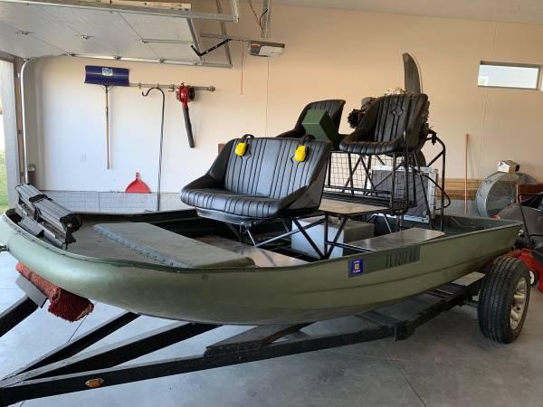 Photo Airboat - $5700 (Bennington)