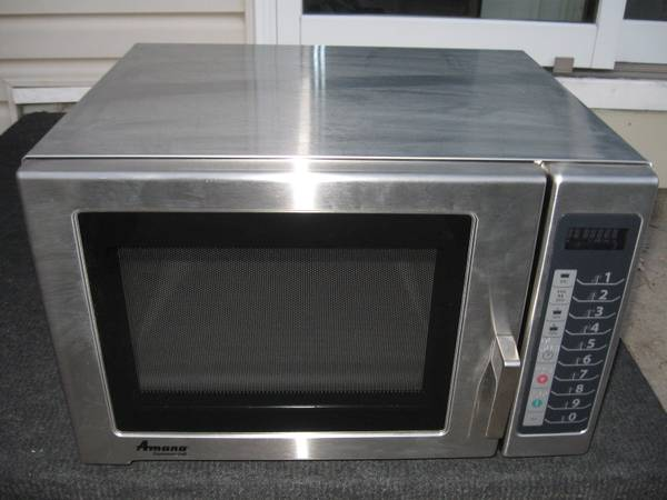 Photo Amana RFS12TS- 1200 Watt Digital Stainless Steel Commercial Microwave - $400