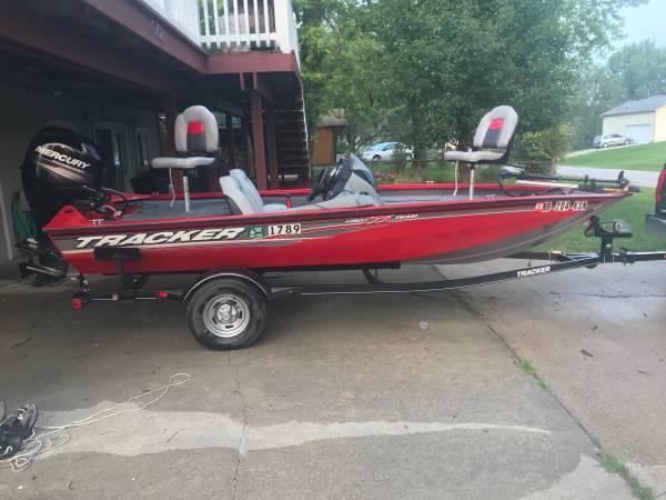 Photo Bass Tracker Pro Team 175 - $15,900 (Beaver Lake)