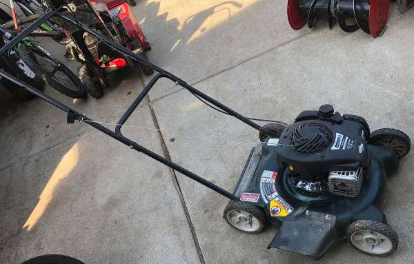 Photo Bolens (Murray) Side Discharge Lawn Mower - $40 (Old Towne Bellevue)