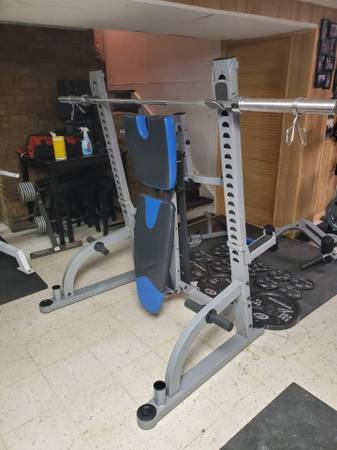 Photo Commercial Olympic Weight Bench Combo - $600 (Omaha, NE)