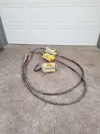 Photo Concrete Vibrator Group - $1,000 (La Vista)