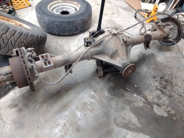 Photo Dana 60 rear axle - $500 (Fremont)
