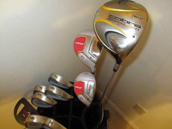 Photo Golf Clubs and Bag Very Good RH Ladies Cobra 3100 IH Set - $250 (Gretna, NE)