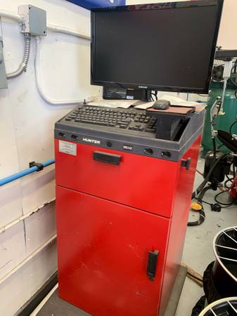 Photo HUNTER Alignment Machines Tire Changers Lift Balancers HD Truck or CAR - $7,500 (Naples)