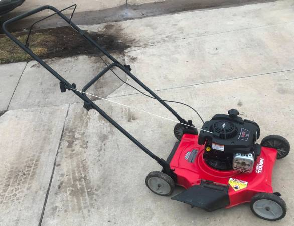 Photo Hyper Tough (Murray) Side Discharge Lawn Mower - $50 (Old Towne Bellevue)