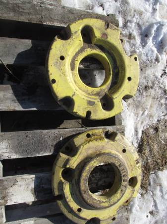Photo John Deere MT, 320 - 330, 420 - 430 Front Wheel Weights M1168T - $300 (Hooper, NE)