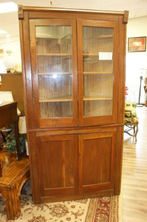 Photo LARGE Pine Corner Hutch Cabinet Display Eight Shelves Two Glass Doors - $300 (Omaha)