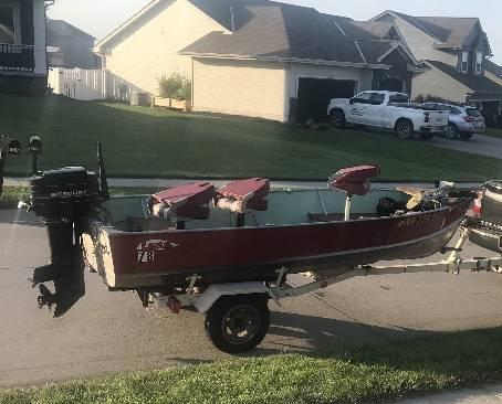 Photo Lund 14 ft fishing boat - $3,100 (Omaha)