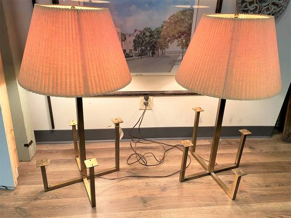 Photo Pair Gold Contemporary Modern Double Pull Chain Unique Table Ls - $60 (Omaha)