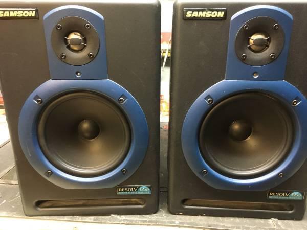 Photo Samson Resolv 65a powered studio monitors speakers - $100