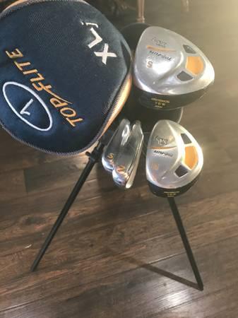 Photo Top Flight Youth Golf Clubs - $50 (Bellevue)