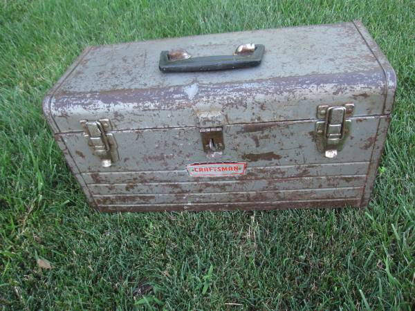 Photo Vintage Craftsman Sears Metal Toolbox - $20 (Omaha)