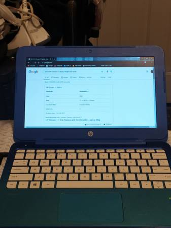 Photo Windows HP Stream 11 Notebook - Blue - $220 (COLUMBUS, NE)