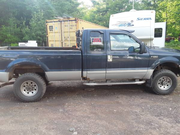 Photo 2003 Ford F250 4 x 4 8 foot box - $5500 (Oneonta)