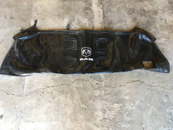 Photo Dodge Ram grill cover Bra - $50 (Cooperstown)
