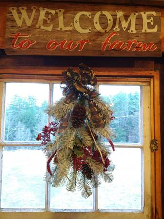 Photo HOLIDAY BARN SALE  CRAFT SHOW.. BLACK FRIDAY  SATURDAY event - $123,456 (ONEONTA)