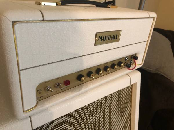 Photo Marshall SV20 head - special edition White in mint condition - $950 (fishkill)