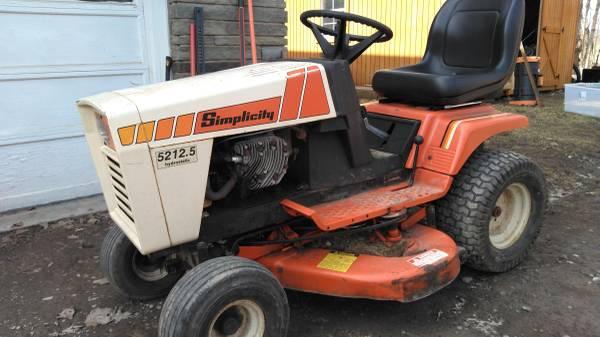 Photo Simplicity garden tractor - $600 (Oneonta)